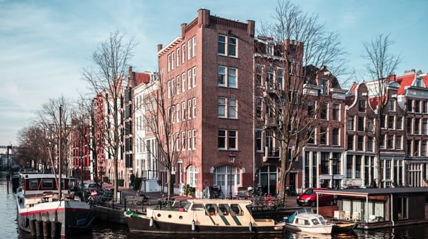 Amsterdam pakt illegale onderverhuur sociale huurwoningen aan