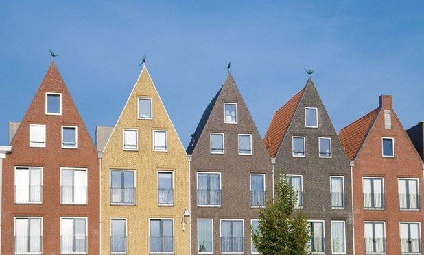 Vooral de middeninkomens met een huurhuis zuchten zwaar onder stijgende woonlasten