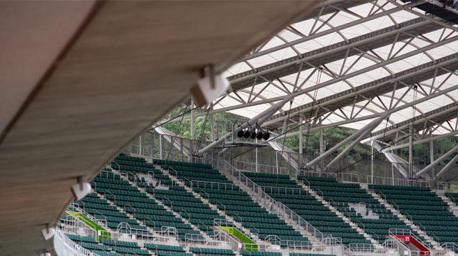 Waarom kon het dak van het AZ stadion zomaar instorten
