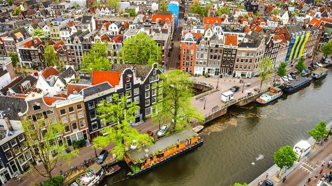 Stijging erfpacht in Amsterdam is redelijk noch billijk volgens de AWEV