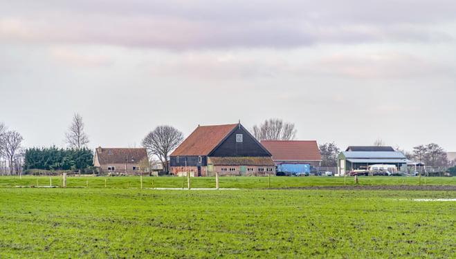 Gemeenten lopen risico's bij de aankoop van bouwgrond voor woningen