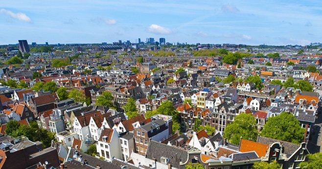 Een huis kopen in Amsterdam Alleen als je er ook zelf gaat wonen