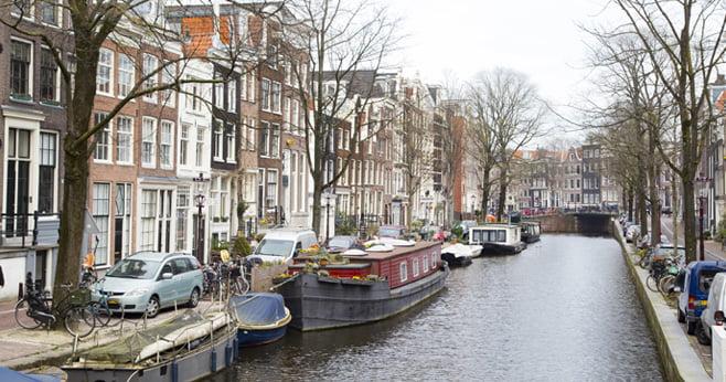 Duizenden huizen in Amsterdam kampen met achterstallig onderhoud
