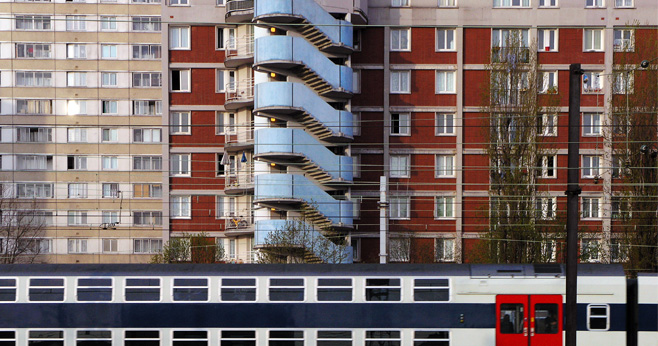 Niet elke Nederlandse zwakke wijk is een banlieue