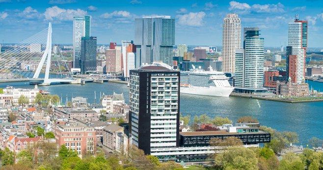 Rotterdam Rijnhaven wordt een moderne woonwijk met stadsstrand