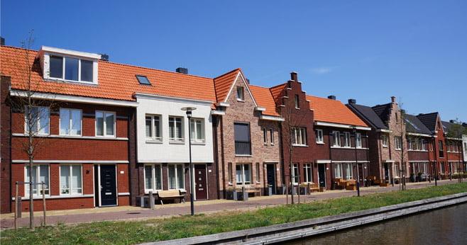 Minister Ollongren wil einde aan forse huurstijging voor woningen in de vrije sector