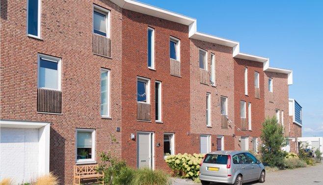 Meer passende woningen voor gezinnen moeten de stad jong houden