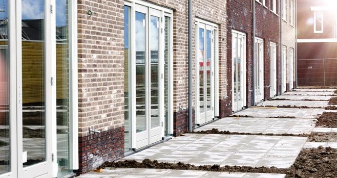 Bouwbedrijf Plegt-Vos bouwt in 2022 een huizenfabriek in Almelo