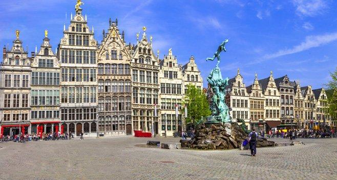 Verhuurbedrijf Camelot speelt de rol van slechte huurbaas in Antwerpen