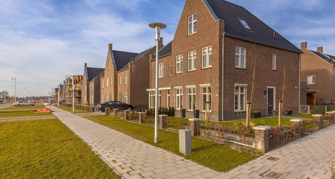 Huizenkoper betaalt bijna 4 ton voor een woning en de piek is nog niet bereikt
