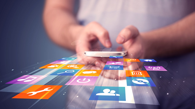 Met behulp van slimme apps wordt het ons makkelijk gemaakt, maar wel ten koste van privacy